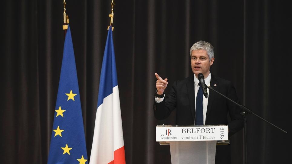 Laurent Wauquiez prononce un discours lors d'une réunion publique à Belfort, le 1er février 2019