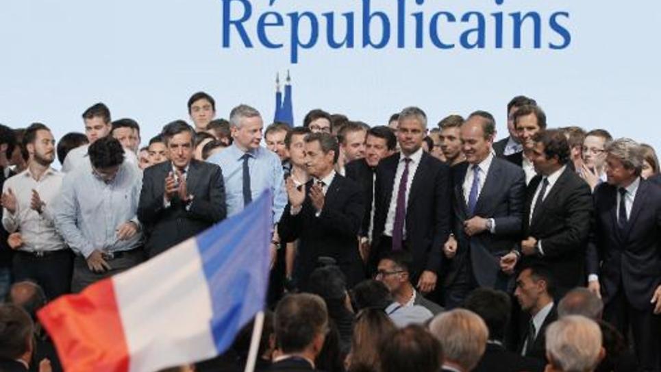 Nicolas Sarkozy (C) lors du congrès fondateur des Républicains le 30 mai 2015 à Paris