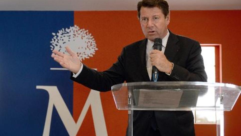 Christian Estrosi, maire UMP de Nice, donne une conférence de presse à Marseille, le 13 mai 2015