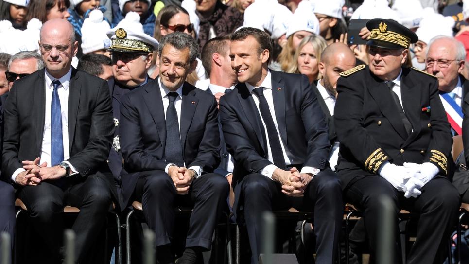 De gauche à droite: Jean-Michel Blanquer, Nicolas Sarkozy, Emmanuel Macron et le préfet de Savoie Pierre Lambert lors de la cérémonie d'hommage aux résistants des Glières, le 31 mars 2019 à Thônes