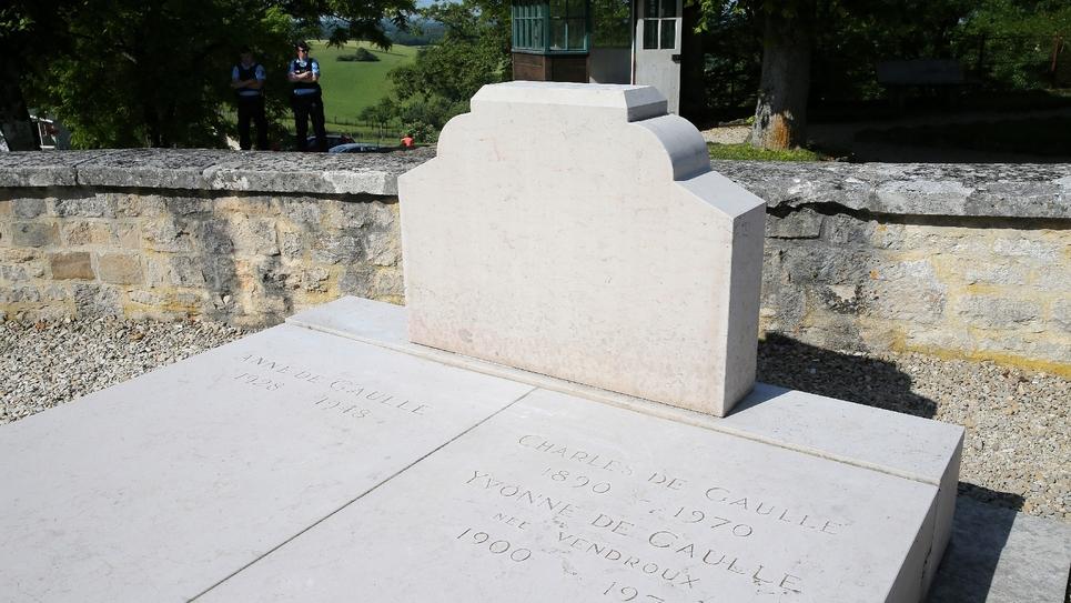 La tombe du Général de Gaulle, le 28 mai 2017 au cimetière de Colombey-les-deux-Eglises