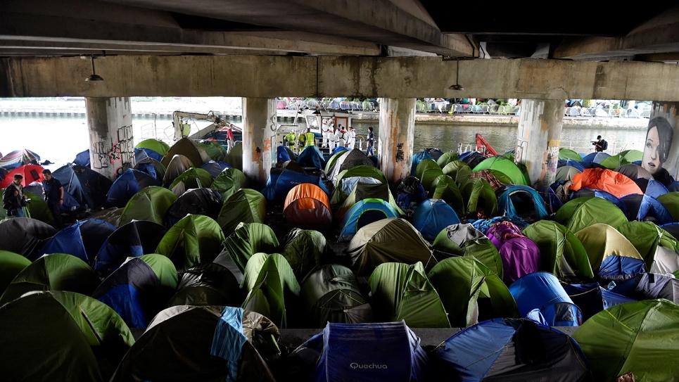 """Le camp """"du Millénaire"""", au bord du canal Saint-Denis, évacué le 30 mai 2018"""