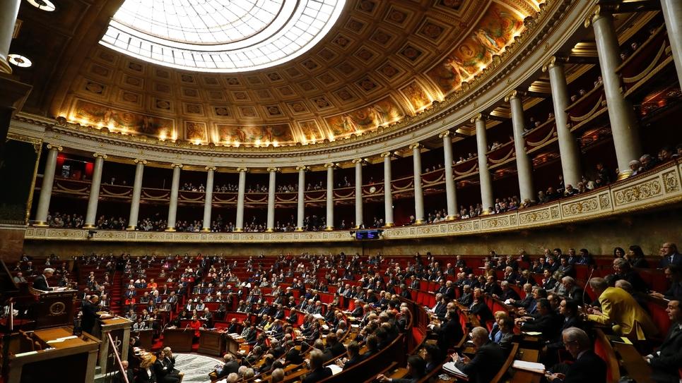L'hémicycle de l'Assemblée nationale où Bernard cazeneuve prononce son discours de politique générale, le 13 décembre 2016