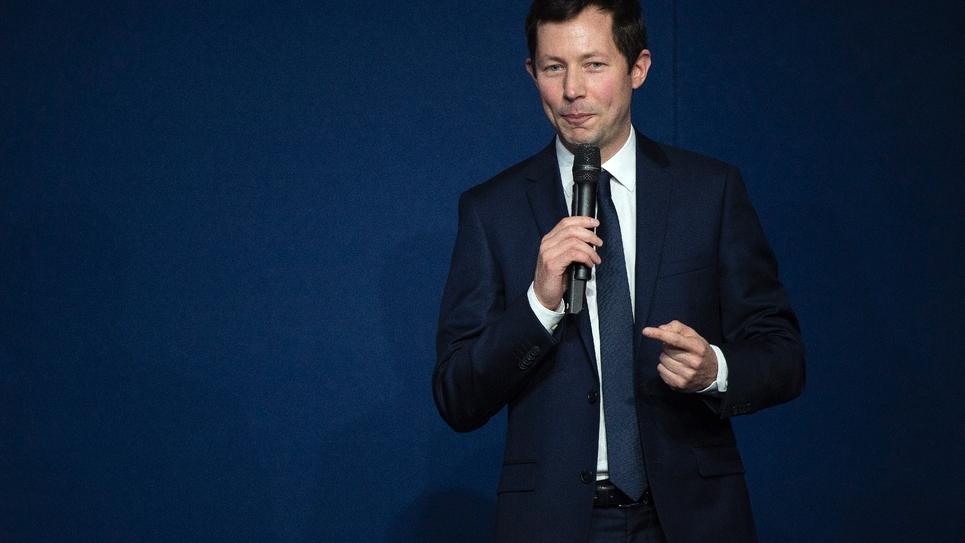 Francois-Xavier Bellamy, tête de liste LR pour les Européennes tient un discours le 16 mars 2019 à Lyon