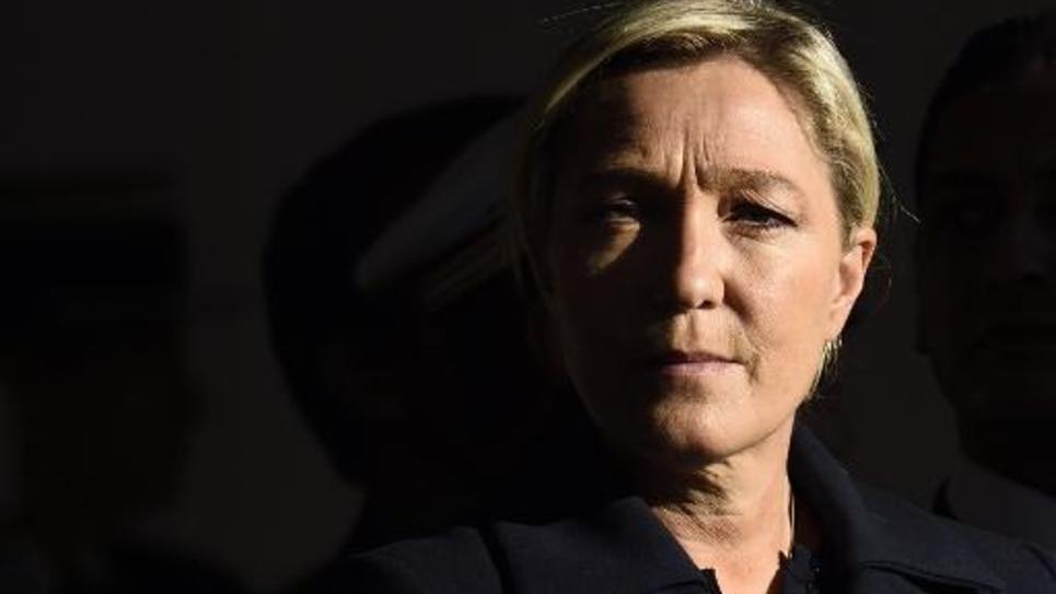 La présidente du Front national Marine Le Pen assiste à une cérémonie en hommage aux harkis, le 25 septembre 2014 à Paris