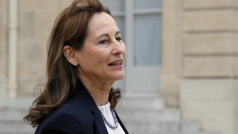 La ministre de l'Ecologie Ségolène Royal quitte l'Elysée après le Conseil des ministres, le 19 mars 2015