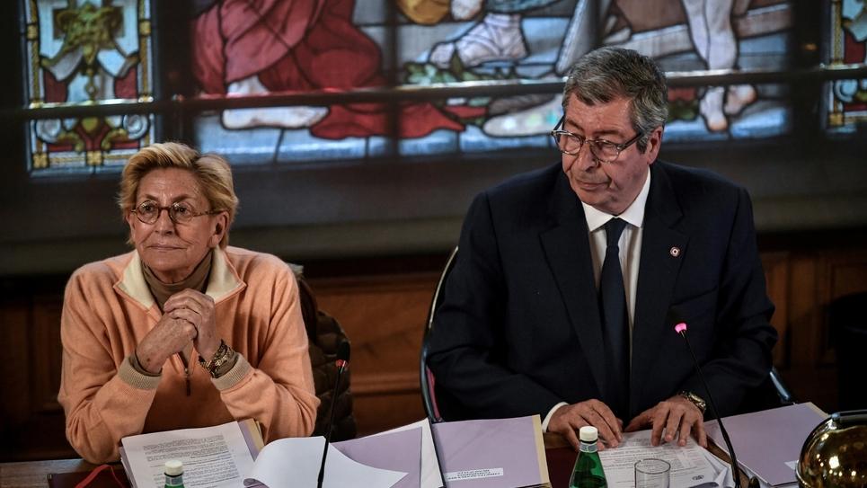 Patrick Balkany, maire de Levallois-Perret et Isabelle Balkany, première adjointe au maire de Levallois-Perret, lors du conseil municipal de la ville, le 15 avril 2019