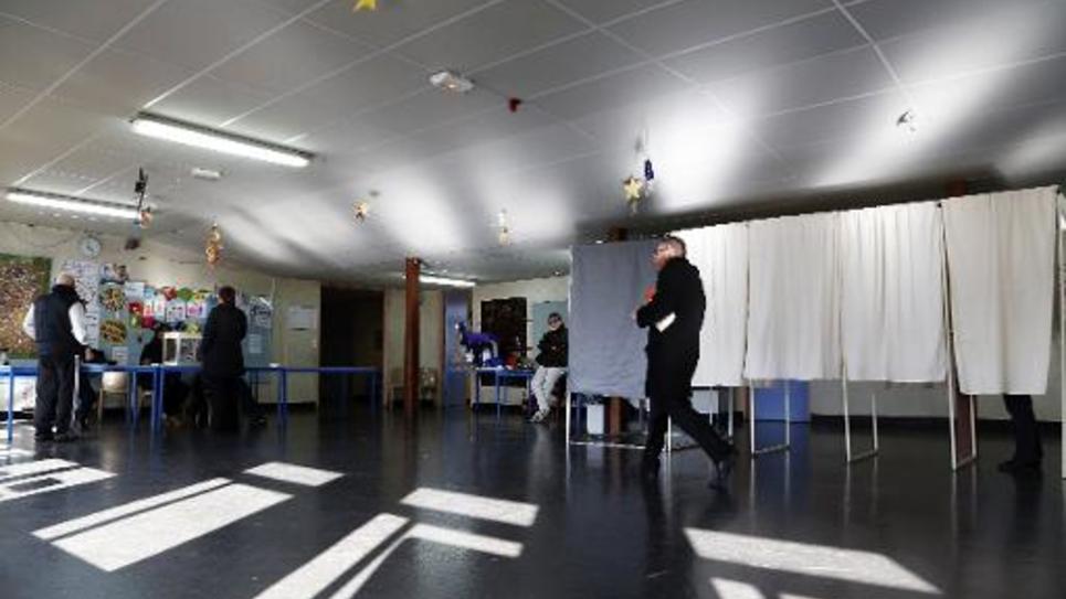 Un bureau de vote à Bobigny, le 22 mars 2015, au premier tour des élections départementales