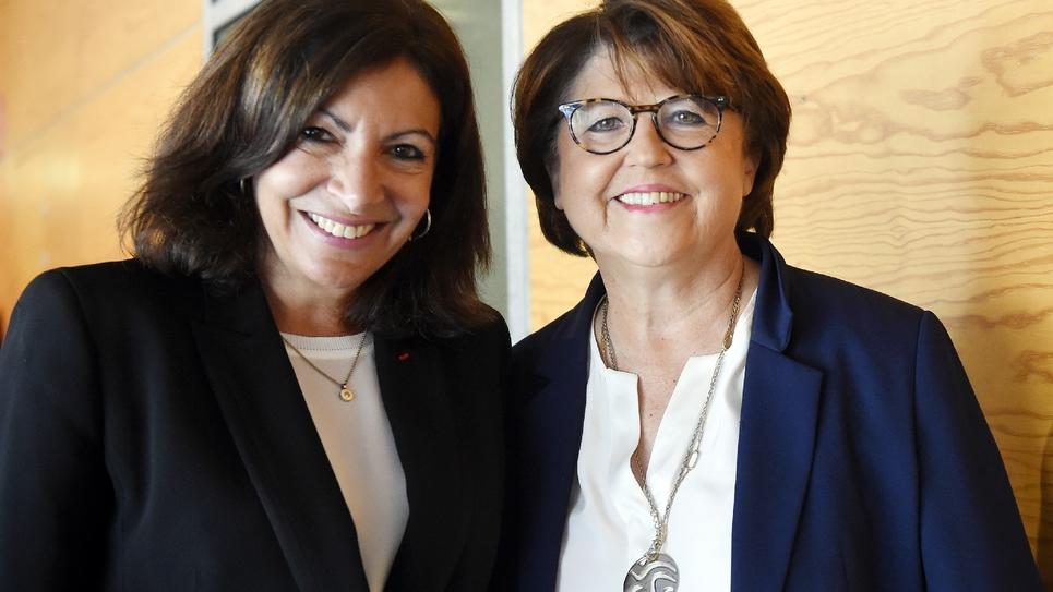 Anne Hidalgo et Martine Aubry côte à côte à Lille, le 5 novembre 2018