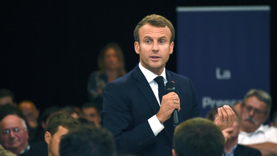 Le président Emmanuel Macron lors d'un débat sur les retraites, le 3 octobre 2019 à Rodez