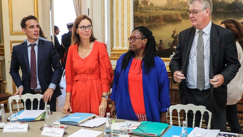 Jean-Baptiste Djebbari, Amélie de Montchalin, Sibeth Ndiaye et Jean-Paul Delevoye, lors du séminaire gouvernemental à l'Elysée le 4 septembre 2019