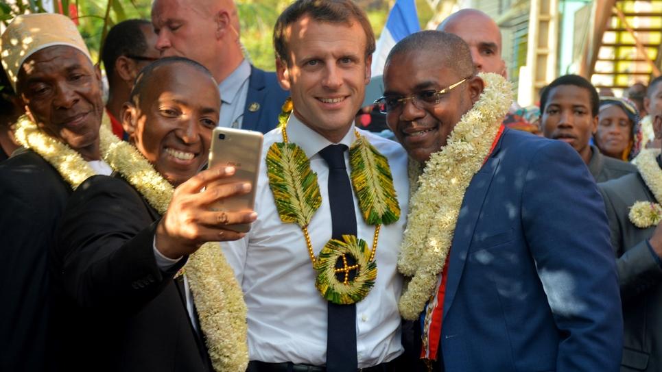 Le président Emmanuel Macron à Mtsamboro (Mayotte) le 22 octobre 2019