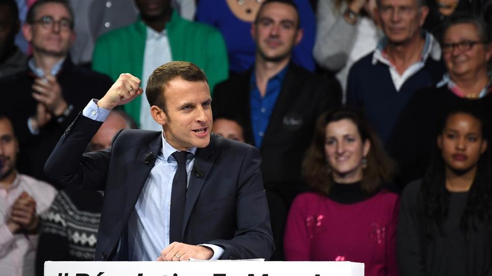 Emmanuel Macron en meeting le 10 décembre 2016 à Paris