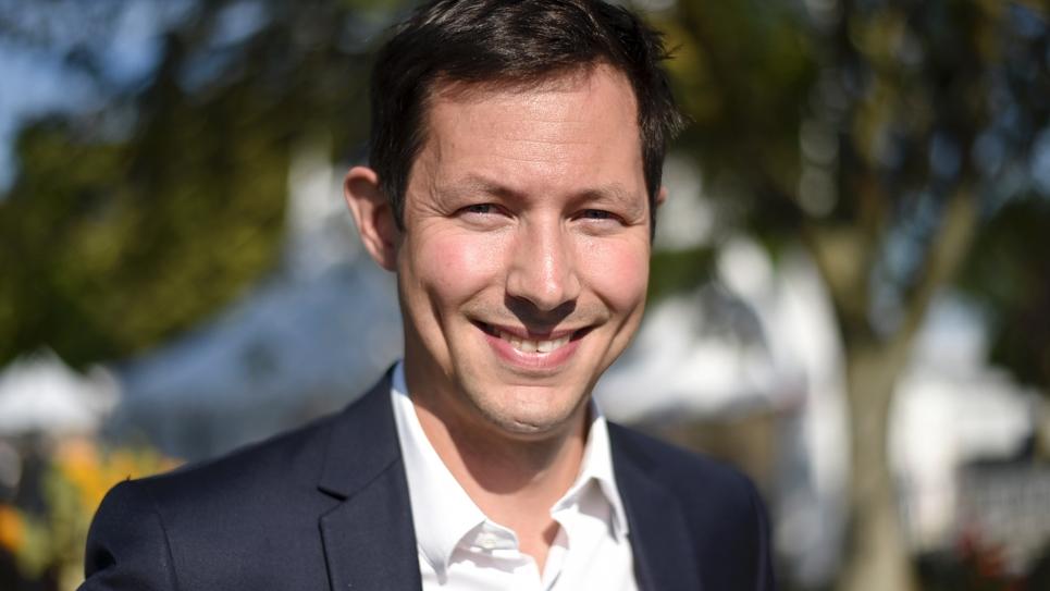 Le député européen LR Francois-Xavier Bellamy pose le 31 août 2019 lors de l'université d'été des Républicains à La Baule