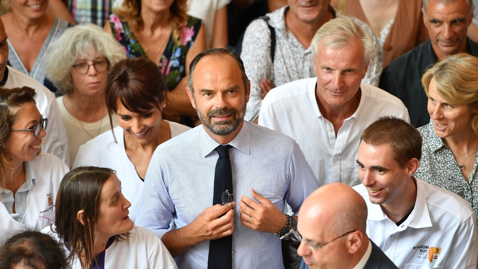 Le Premier ministre Édouard Philippe lors d'un déplacement, le 30 août 2019, dans un lycée du Muy (Var), à l'occasion de la rentrée scolaire.