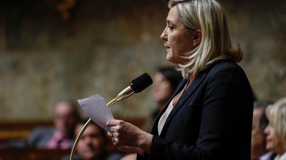 Le présidente du Rassemblement national Marine Le Pen s'exprime à l'Assemblée nationale à Paris le 5 novembre 2019