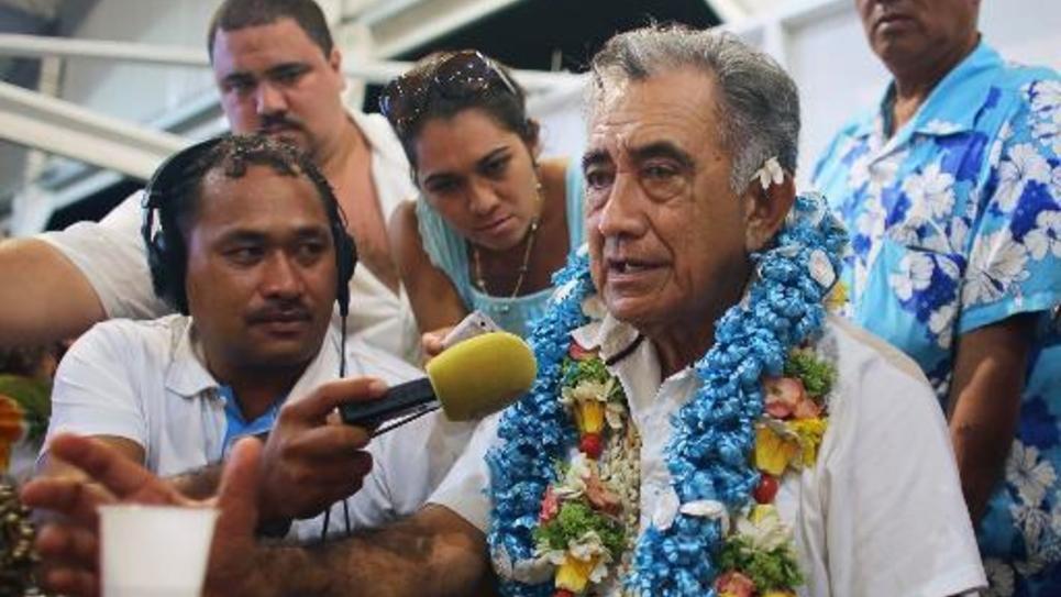 Oscar Temaru (2e d) en mars 2014 à Faa'a, près de Papeete