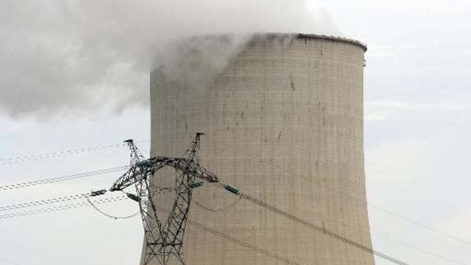 L'Assemblée nationale achève l'examen en première lecture du projet de loi sur la transition énergétique prévoyant de réduire à 50% la part du nucléaire