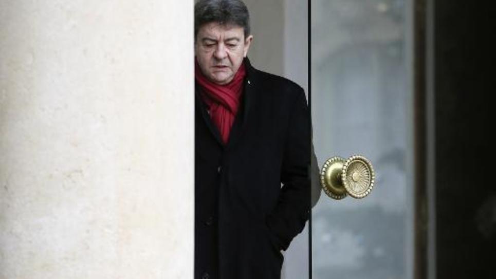Jean-Luc Mélenchon quitte l'Elysée après une réunion le 9 janvier 2015 à Paris