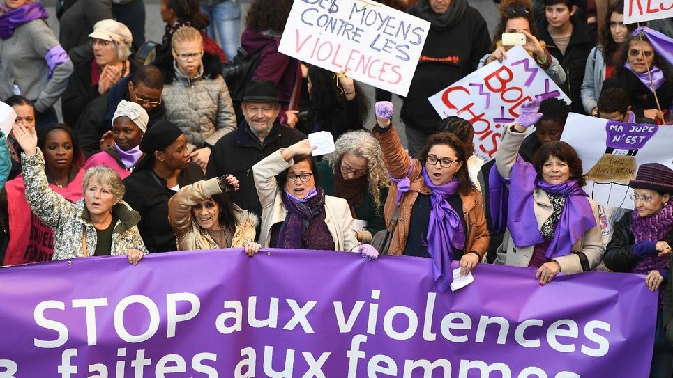 Féminicides: consensus des députés pour le bracelet anti-rapprochement