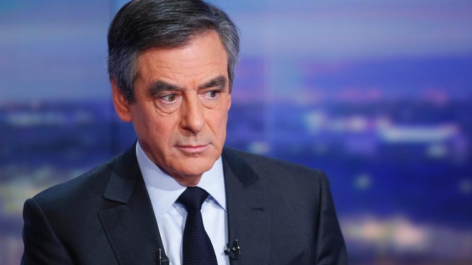 François Fillon sur le plateau de TF1 lors du journal de 20h le 26 janvier 2017 à  Boulogne-Billancourt