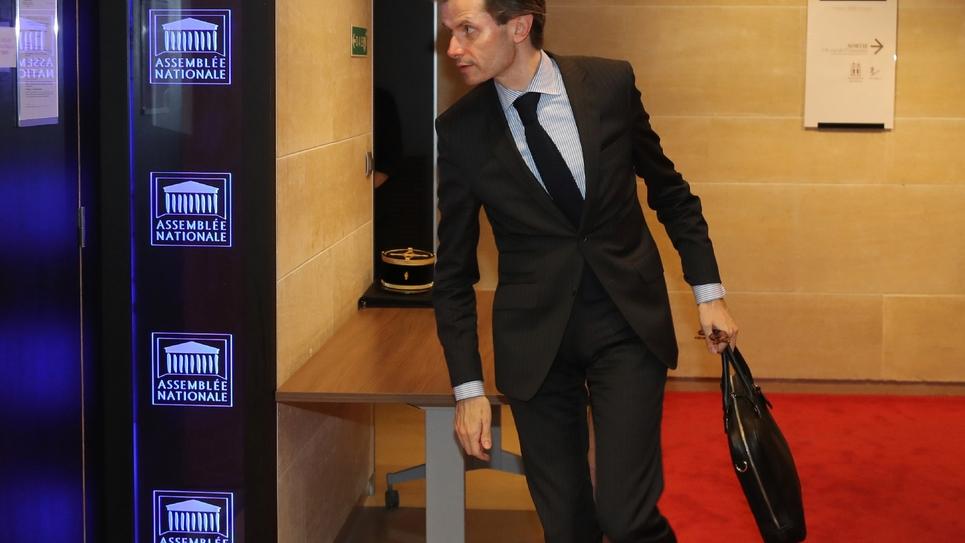 Le député Les Républicains Guillaume Larrivé arrive à l'Assemblée nationale pour assister aux auditions de la commission d'enquête sur l'affaire Benalla dont il est corraporteur le 23 juillet 2018 à Paris