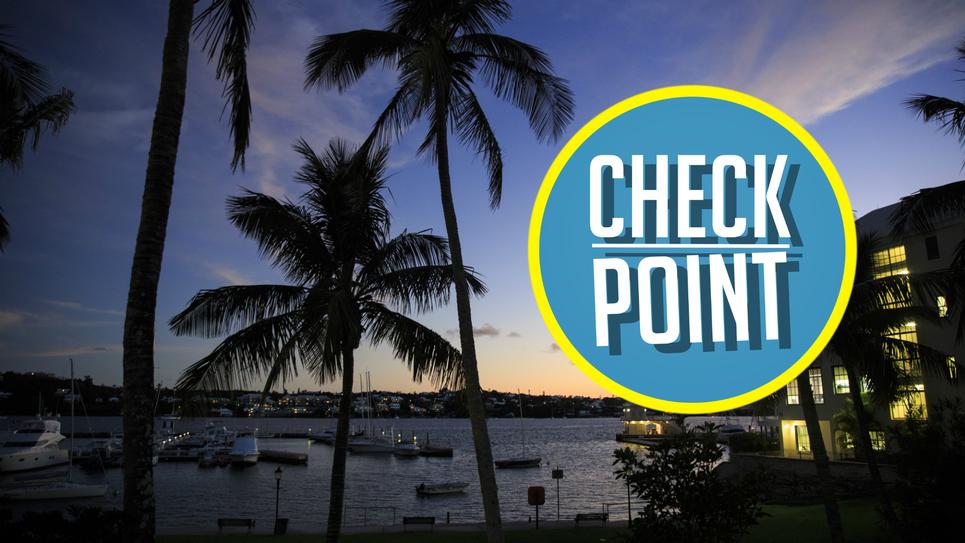 Le logo de la rubrique check point de l'émission Europe Hebdo est accompagné d'une photo évoquant un paradis fiscale