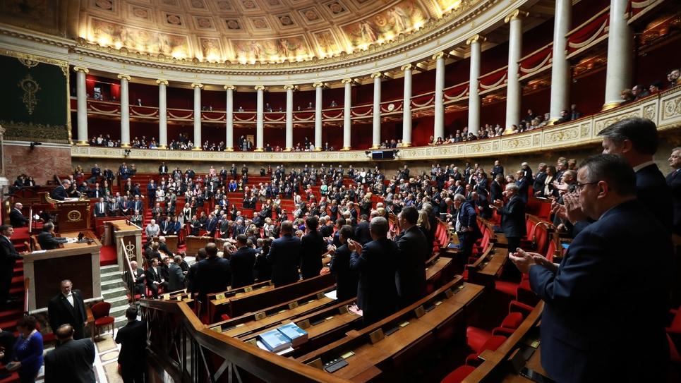 Ouverture de la session des questions au gouvernement à l'Assemblée nationale à Paris, le 19 février 2019