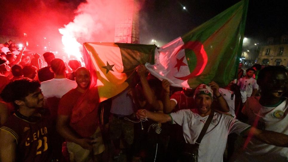 Des supporters algériens à Bordeaux après la qualification de leur équipe en finale de la CAN, le 14 juillet 2019
