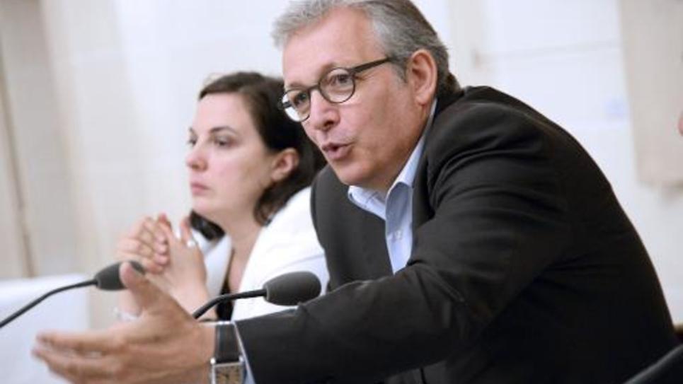 Le secrétaire national du Parti communiste français (PCF), Pierre Laurent, le 10 juillet 2014 devant la presse à Paris