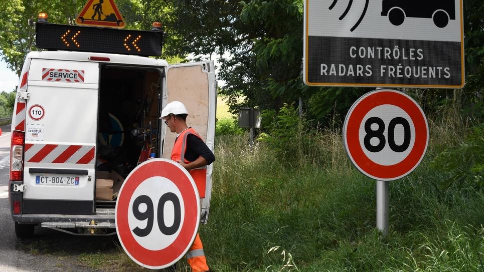 Edouard Philippe s'est dit prêt jeudi à laisser aux présidents de conseil départementaux la capacité de déroger aux 80 km/h sur les routes secondaires