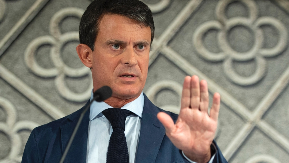 L'ancien Premier ministre Manuel Valls, désormais candidat à la mairie de Barcelone, s'adressera aux Français  dimanche à la télévision