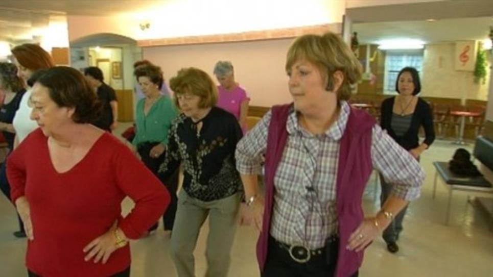 Au club des joyeux retraités niçois on accueille même les bas revenus.