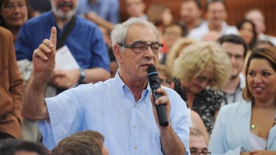Le député socialiste Henri Emmanuelli le 30 août 2014 à l'université d'été du PS à La Rochelle
