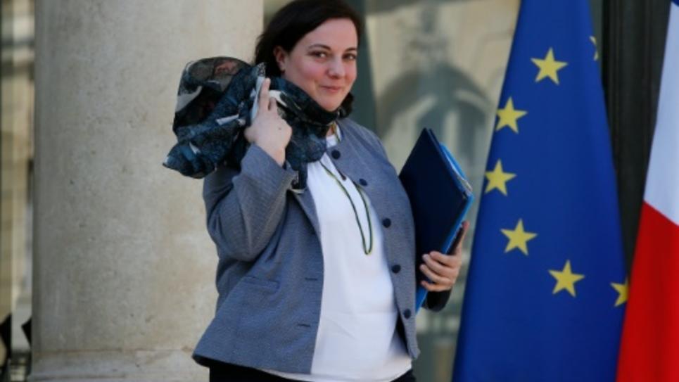 Emmanuelle Cosse quitte l'Elysée à Paris le 20 avril 2016