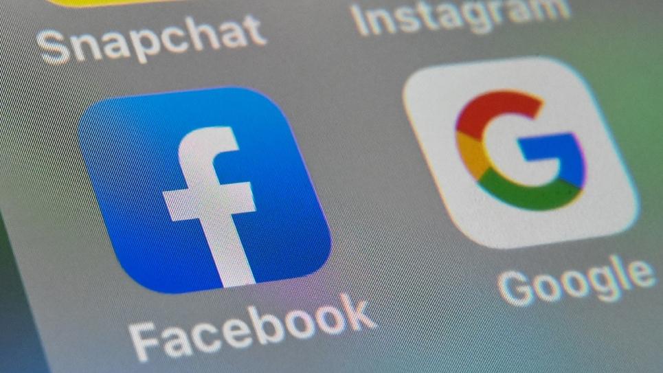 Le gouvernement a fait le point avec les principaux moteurs de recherche et réseaux sociaux sur la lutte contre les fausses nouvelles sur le coronavirus