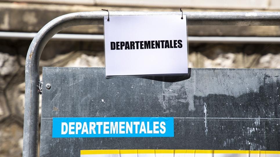 Affichage Elections Regionales et Departementales a Nice