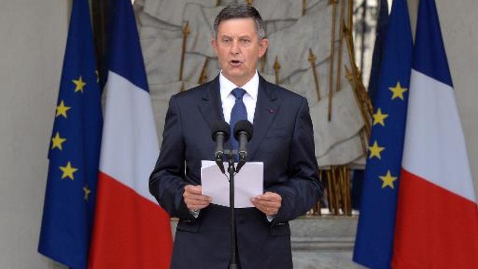 Le secrétaire général de l'Elysee Jean-Pierre Jouyet sur le perron du palais présentiel le 26 août 2014 à  Paris