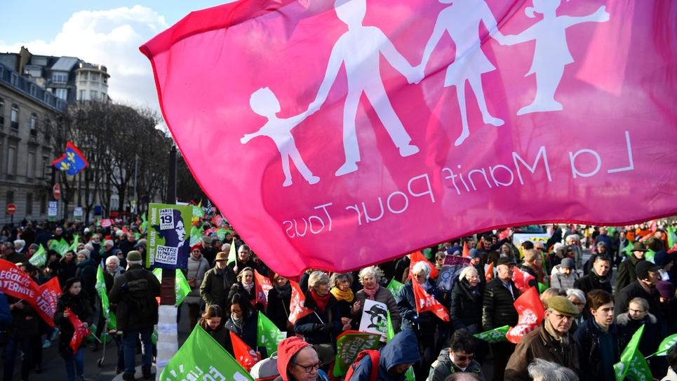 """Manifestation à l'appel de la """"Manif pour tous"""" contre l'extension de la PMA pour les couples de femmes, le 19 janvier 2020 à Paris"""