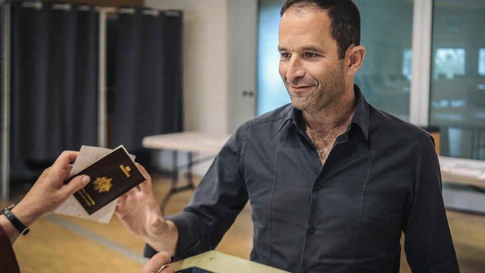 Benoit Hamon vote le 26 mai 2019 à Paris