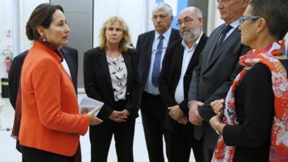 Ségolène Royal avec les représentants des transporteurs routiers le 9 octobre 2014 à Paris