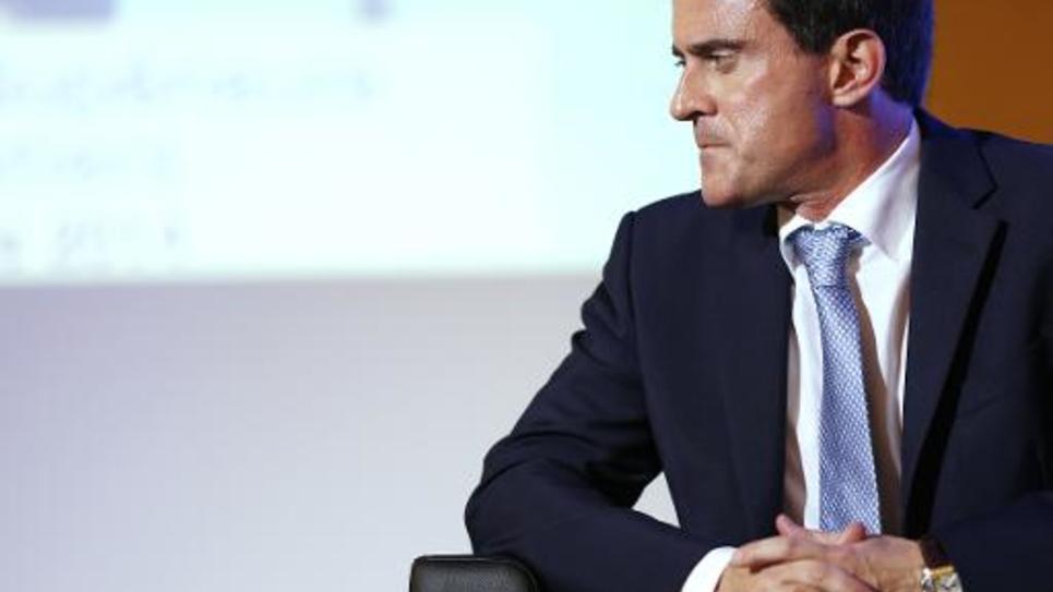 Le Premier ministre Manuel Valls à Paris lors de la clôture d'une réunion de l'Association Jeunesse et Entreprises le 16 octobre 2014