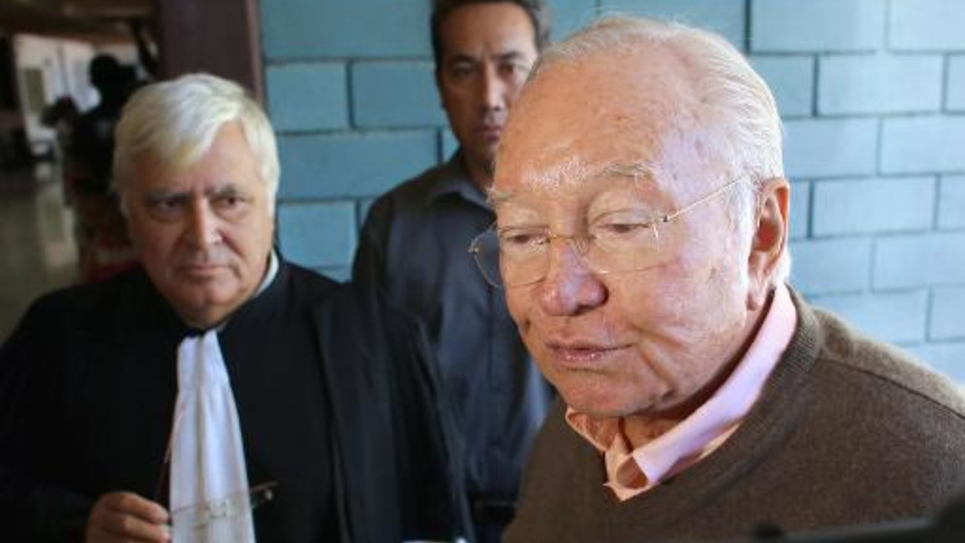 Gaston Flosse à son arrivée au tribunal le 3 juin 2014 à Anuanuraro