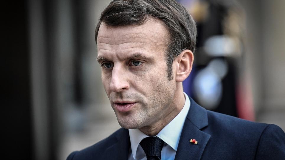 Le président Emmanuel Macron s'exprime devant la presse le 5 février 2020 à l'Elysée, à Paris