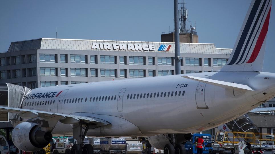 L'aéroport Paris-Charles-de-Gaulle exploité exclusivement  par le groupe ADP