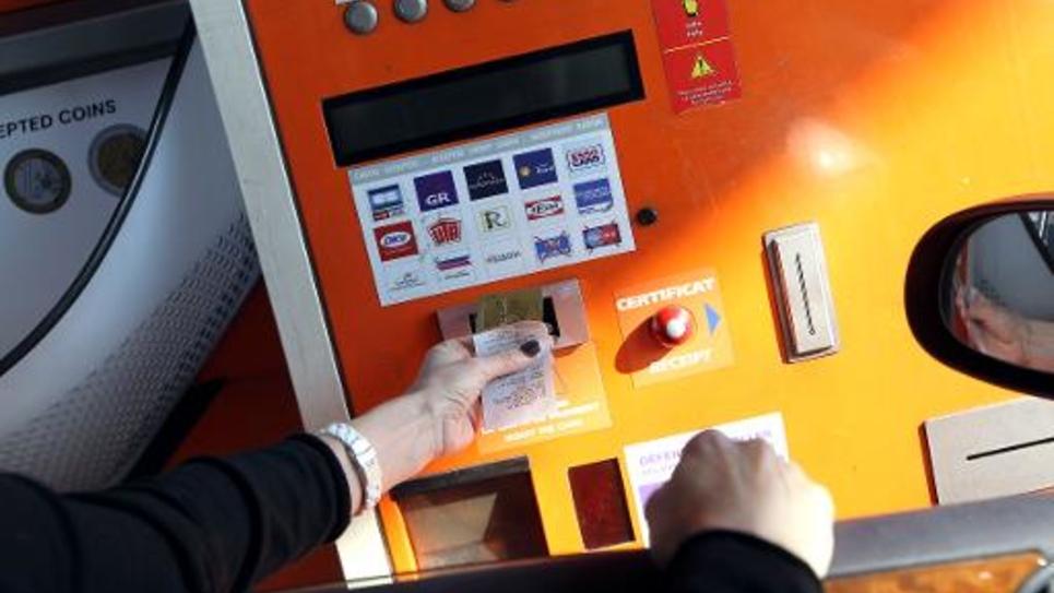 Paiement au péage de Nice le 01 février 2012