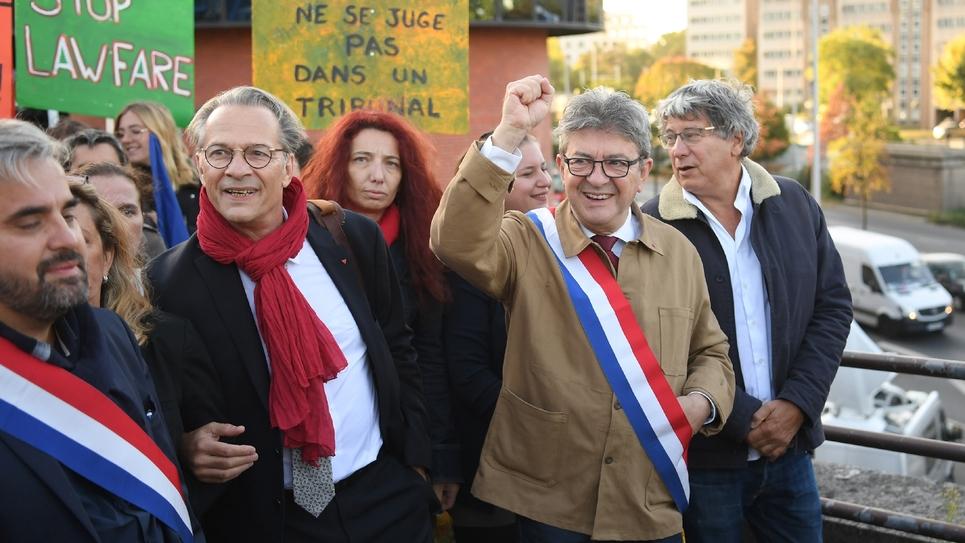Arrivée de Jean-Luc Mélenchon et ses coprévenus le 19 septembre 2019 au tribunal de Bobigny