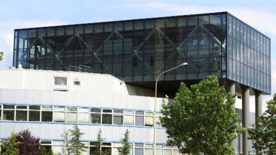 Vue générale du laboratoire de microbiologie P4, le 08 juillet 2000 à Lyon