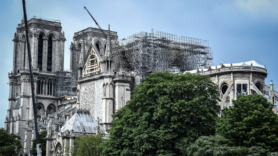 Des échaffaudages installés sur Notre-Dame, le 20 mai 2019 à Paris, gravement endommagée par un incendie