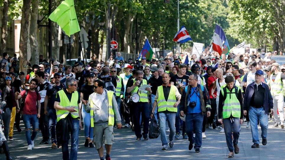 """Des """"gilets jaunes"""" manifestent à paris, le 1er juin 2019 à Paris"""
